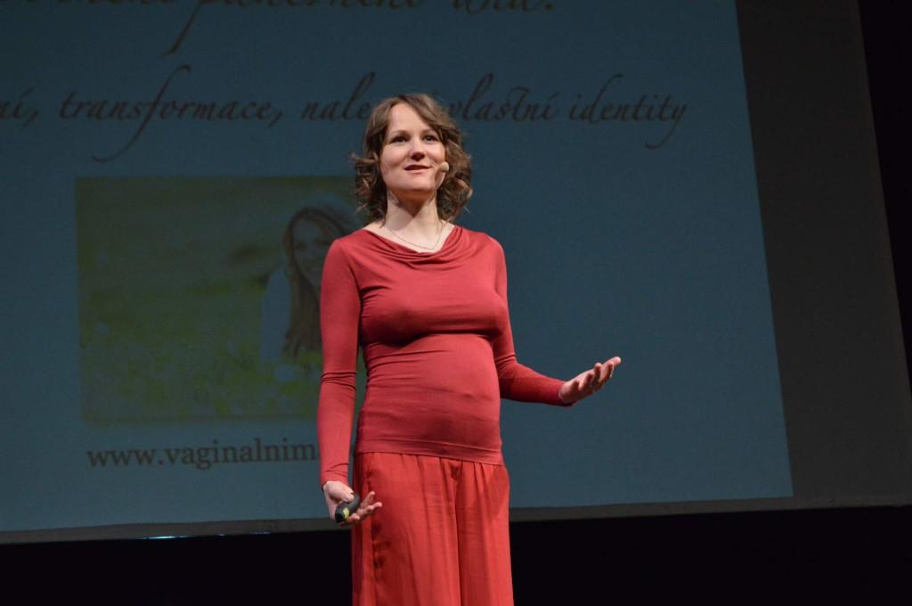 Denisa Říha Palečková a vaginální mapping na Ženy ženám živě 2014