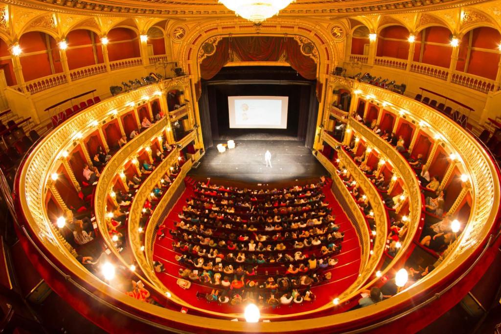 Ženy ženám ŽIVĚ Mahenovo Divadlo 2014
